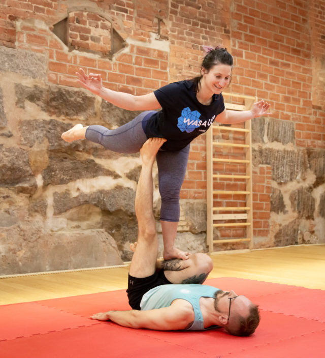 wasaup_acroyoga_montreal3